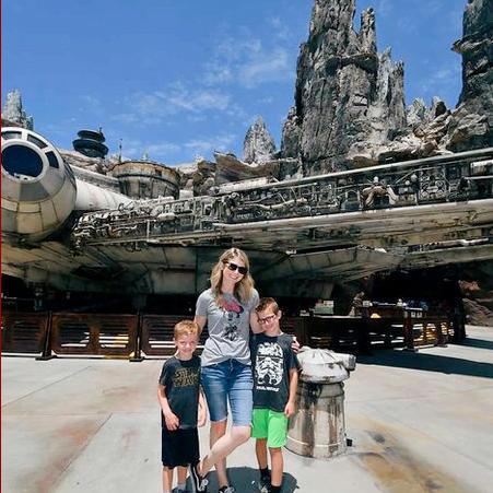 A ConciEAR's Take on Star Wars: Galaxy's Edge